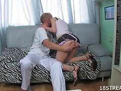 Teen girl with bubble ass gets penetrated by thick dick