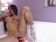 German Hottie Mila Million Knows How To Please Her MILF Coochie