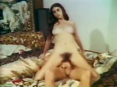 Hot Retro Sex With Gorgeous Women Who Are Hard To Please